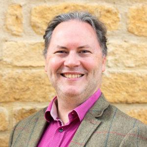 Dr Matthew Degnan